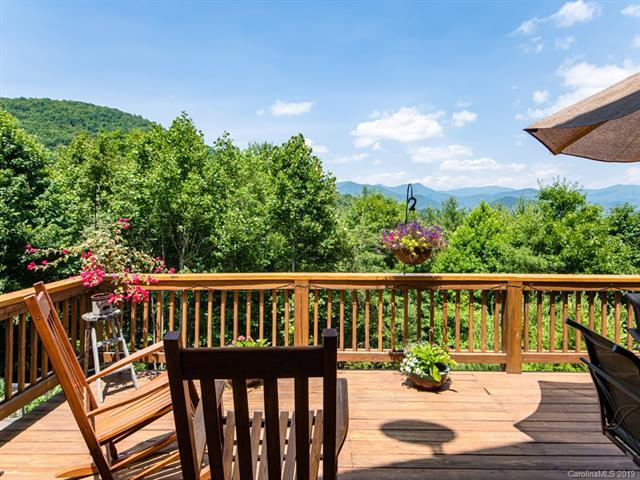 31 Bear Den Road, Asheville, NC 28805 (#3518159) :: Keller Williams South Park
