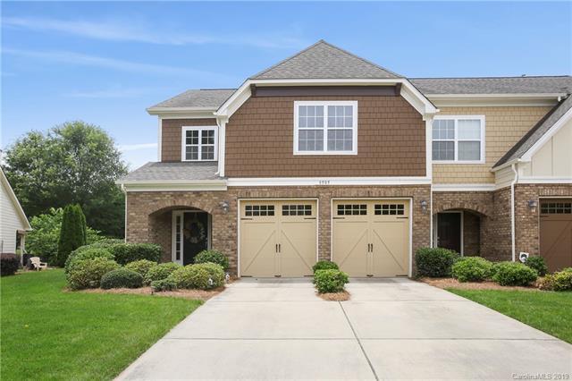 8505 Loxton Circle, Charlotte, NC 28214 (#3518395) :: LePage Johnson Realty Group, LLC