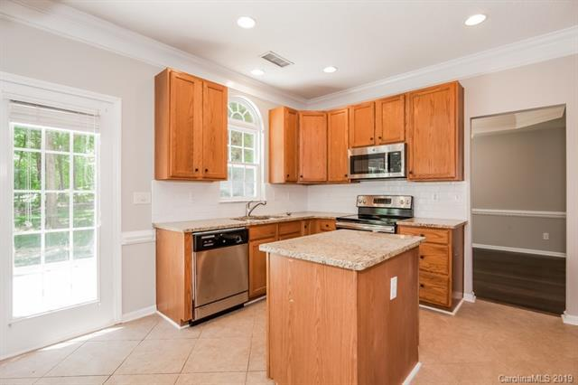 6105 Cambellton Drive, Charlotte, NC 28269 (#3518409) :: Stephen Cooley Real Estate Group
