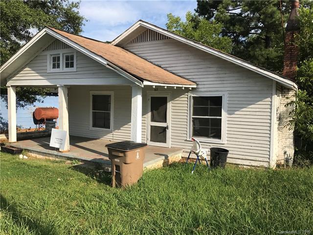 415 E Grover Street, Cleveland, NC 28150 (#3518814) :: LePage Johnson Realty Group, LLC