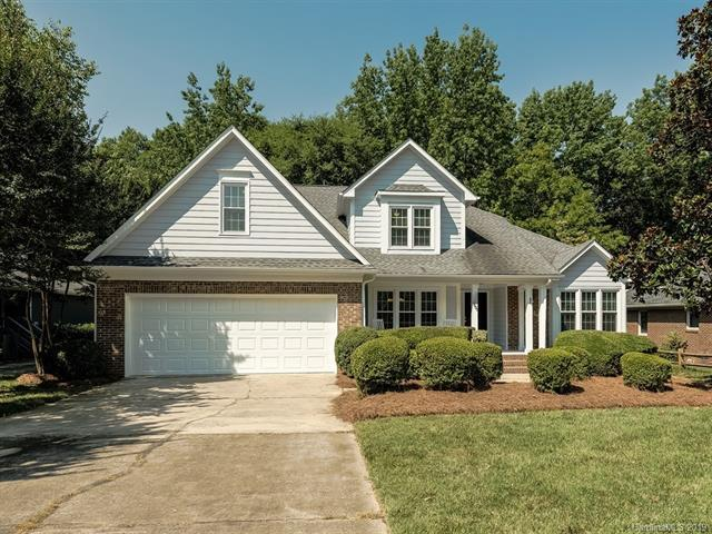 6600 Shaftesbury Road, Charlotte, NC 28270 (#3518833) :: The Andy Bovender Team