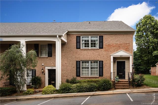 6607 Bunker Hill Circle, Charlotte, NC 28210 (#3518884) :: Scarlett Real Estate