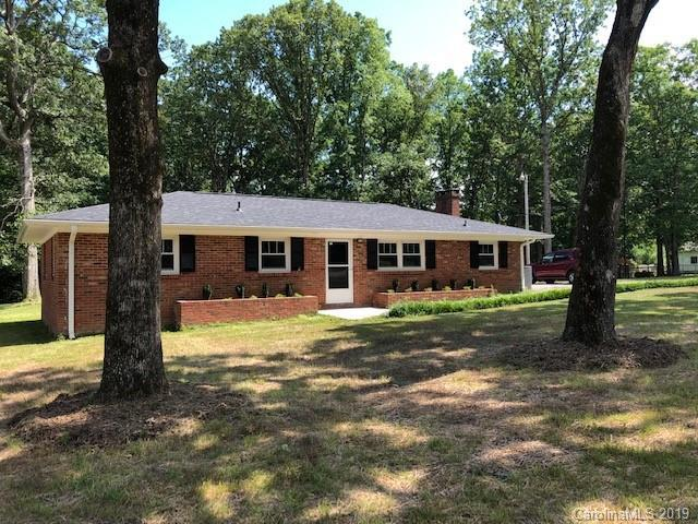 5404 Reid Road, Indian Trail, NC 28079 (#3518946) :: Bluaxis Realty