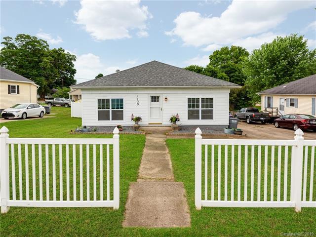 1439 Perfection Avenue, Belmont, NC 28012 (#3518983) :: High Performance Real Estate Advisors