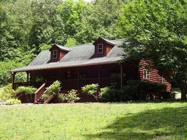 250 Rockwood Drive, Hendersonville, NC 28792 (#3518993) :: Rinehart Realty