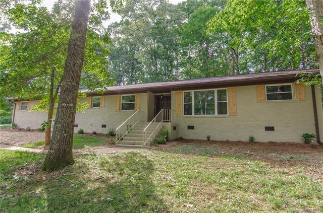 4000 Peggy Lane, Mint Hill, NC 28227 (#3518994) :: LePage Johnson Realty Group, LLC