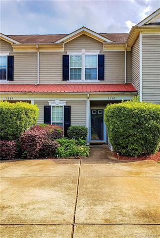 1110 Phil Oneil Drive, Charlotte, NC 28215 (#3519017) :: The Ramsey Group