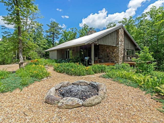 552 Doghobble Road #15, Lake Toxaway, NC 28747 (#3519062) :: Bluaxis Realty