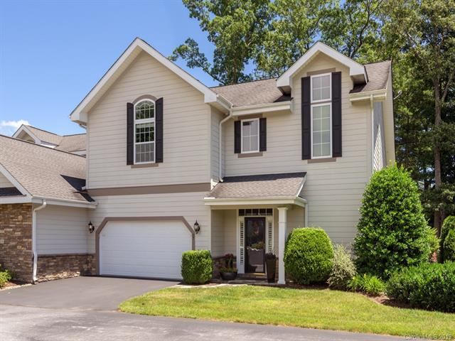 67 Towne Place Drive, Hendersonville, NC 28792 (#3519124) :: LePage Johnson Realty Group, LLC