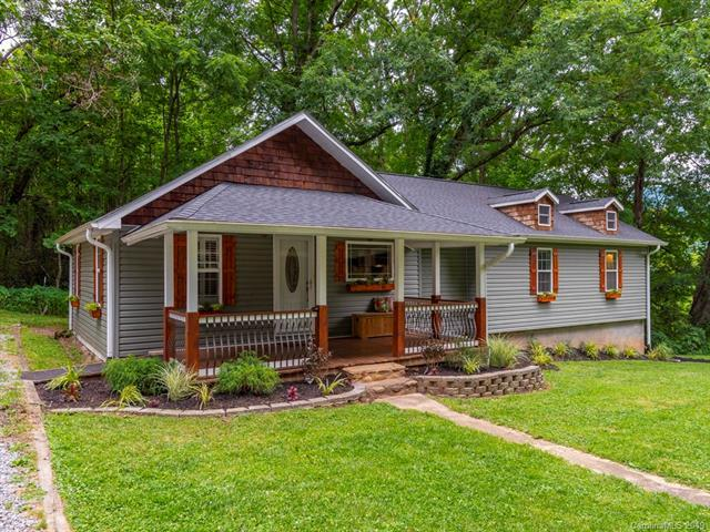 1111 Pigeon Road, Waynesville, NC 28786 (#3519130) :: High Performance Real Estate Advisors