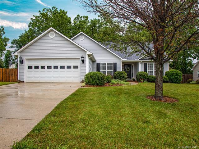 417 Planters Creek Road, Fletcher, NC 28732 (#3519259) :: Bluaxis Realty
