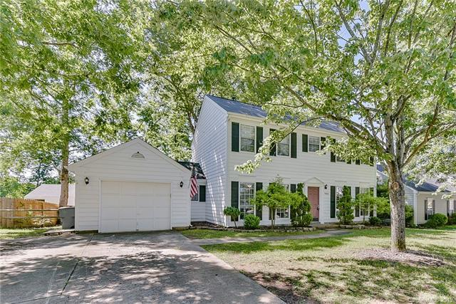 9424 Pondside Lane #20, Charlotte, NC 28213 (#3519262) :: LePage Johnson Realty Group, LLC