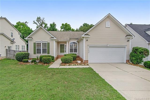 3408 Balsam Tree Drive, Charlotte, NC 28269 (#3519280) :: The Ramsey Group