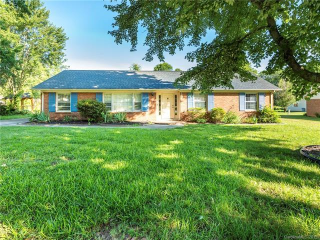 6117 Mill Grove Road, Indian Trail, NC 28079 (#3519358) :: Mitchell Rudd Group