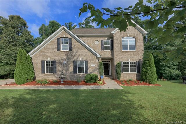 220 Winter Flake Drive, Statesville, NC 28677 (#3519587) :: LePage Johnson Realty Group, LLC