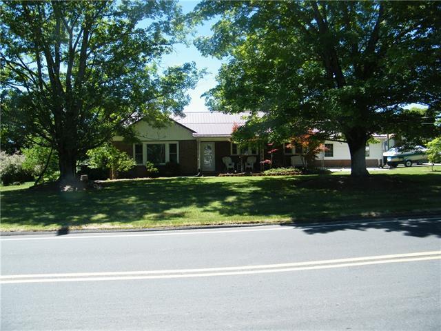 170 Cedar Valley Road, Hudson, NC 28638 (#3519612) :: Besecker Homes Team