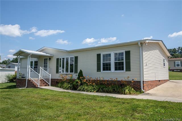 3 Aliette Lane, Hendersonville, NC 28792 (#3519689) :: DK Professionals Realty Lake Lure Inc.