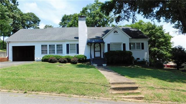 134 Glendale Avenue, Mount Holly, NC 28120 (#3519746) :: Keller Williams South Park