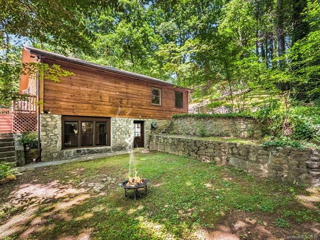 35 Essex Road, Waynesville, NC 28786 (#3519775) :: Robert Greene Real Estate, Inc.