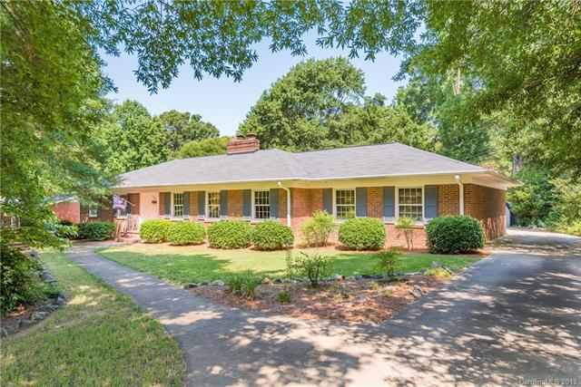 633 Nottingham Drive, Charlotte, NC 28211 (#3519803) :: Mitchell Rudd Group
