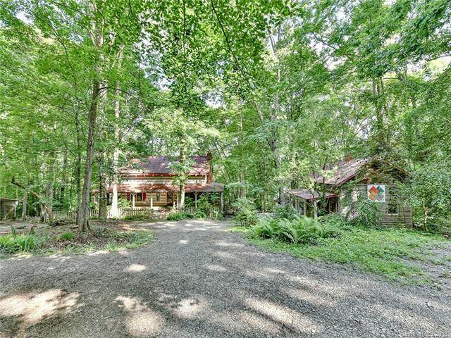 1449 Roundstone Road, Sherrills Ford, NC 28673 (#3519923) :: LePage Johnson Realty Group, LLC