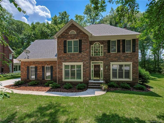 8610 Taybrook Drive, Huntersville, NC 28078 (#3520088) :: High Performance Real Estate Advisors