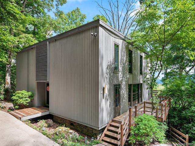 998 Dogwood Trail, Waynesville, NC 28786 (#3520101) :: Mitchell Rudd Group