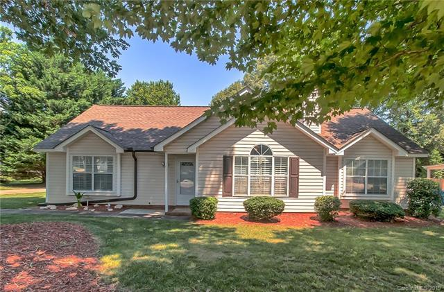 14511 Buckton Lane, Matthews, NC 28105 (#3520190) :: High Performance Real Estate Advisors