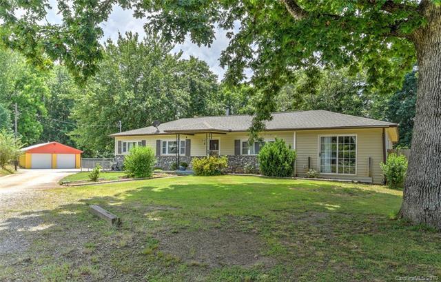 8 Kentel Road, Candler, NC 28715 (#3520294) :: Keller Williams Professionals