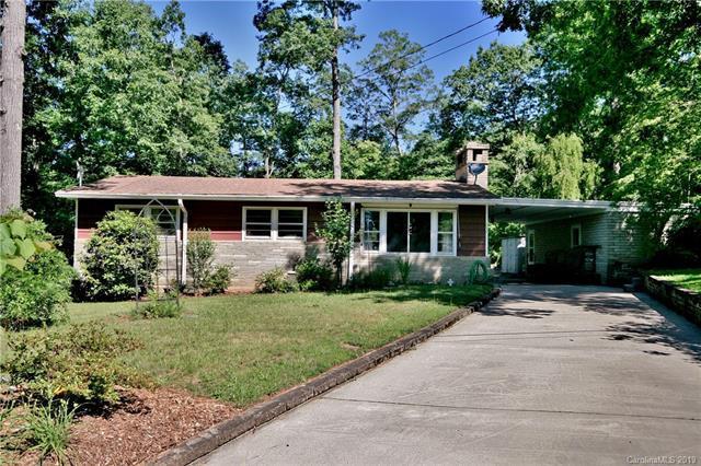 214 Rattlesnake Mountain Road, Black Mountain, NC 28711 (#3520340) :: High Performance Real Estate Advisors