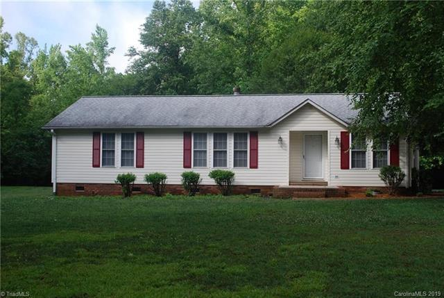 419 Ijames Church Road, Mocksville, NC 27028 (#3520348) :: Miller Realty Group