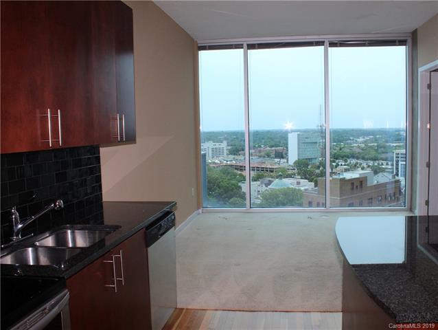 210 N Church Street #1511, Charlotte, NC 28202 (#3520357) :: Scarlett Real Estate