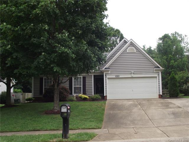 13509 Harvest Point Drive, Huntersville, NC 28078 (#3520428) :: The Andy Bovender Team
