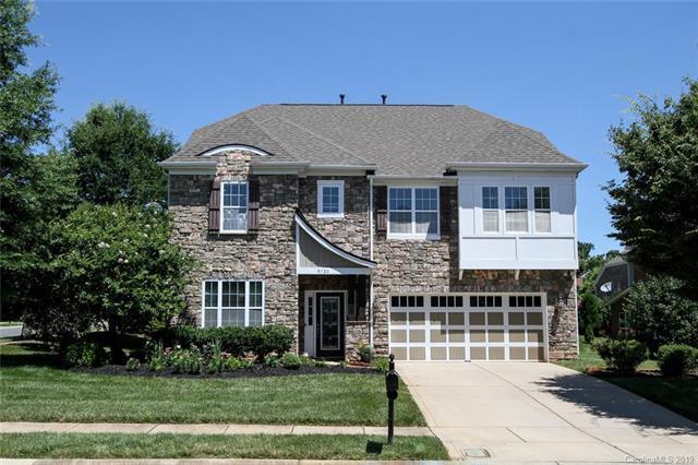 9720 Woburn Road, Charlotte, NC 28277 (#3520485) :: Scarlett Real Estate