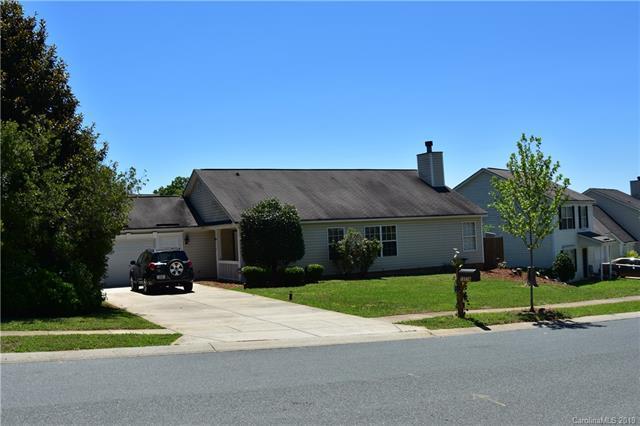 12238 Stewarts Crossing Drive, Charlotte, NC 28215 (#3520544) :: LePage Johnson Realty Group, LLC