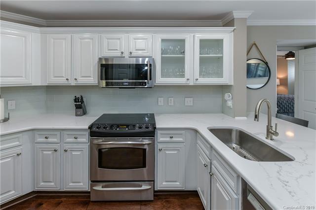 18015 Kings Point Drive, Cornelius, NC 28031 (#3520579) :: LePage Johnson Realty Group, LLC