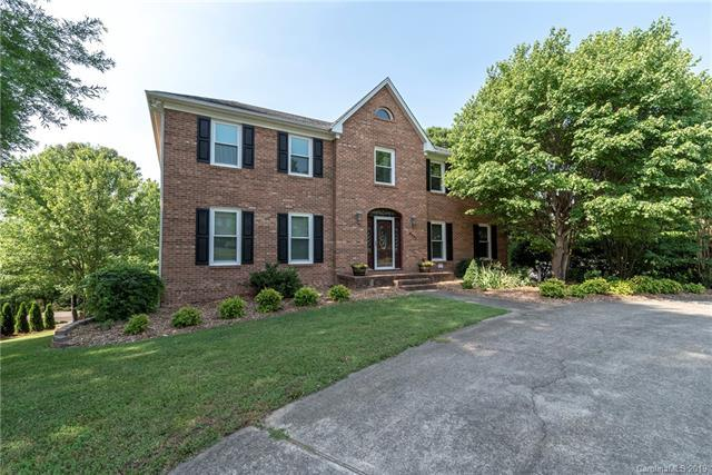 6901 August Drive, Clemmons, NC 27012 (#3520589) :: Chantel Ray Real Estate