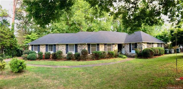 3361 Deerwood Drive, Gastonia, NC 28054 (#3520685) :: Charlotte Home Experts