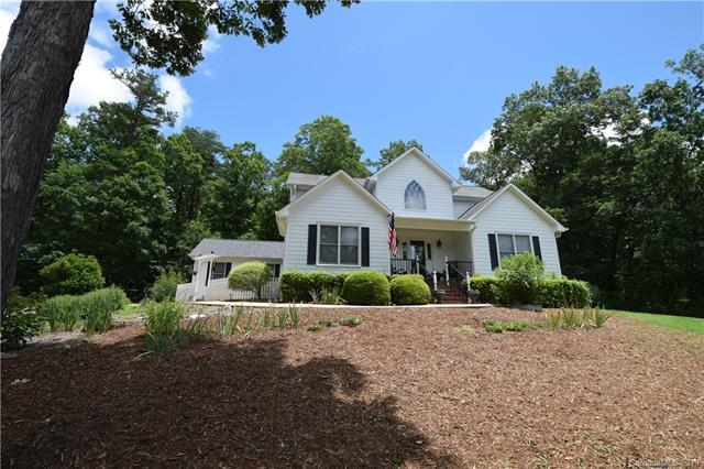 715 Moss Drive, Rutherfordton, NC 28139 (#3520727) :: Washburn Real Estate