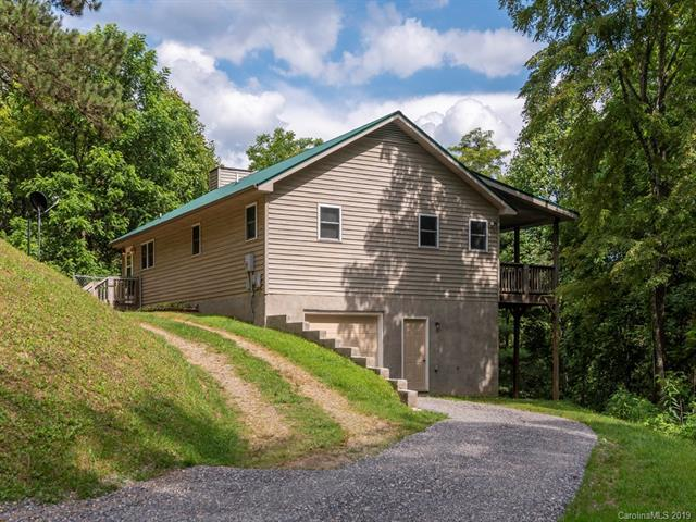 250 Mckinzie Place, Waynesville, NC 28785 (#3520769) :: LePage Johnson Realty Group, LLC
