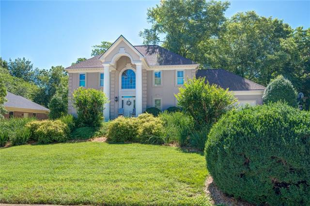581 19th Ave Lane NW, Hickory, NC 28601 (#3520830) :: Charlotte Home Experts