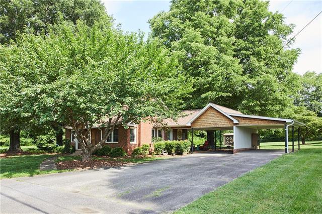 591 1st Avenue Drive SE, Taylorsville, NC 28681 (#3520856) :: Exit Realty Vistas