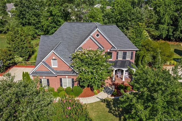 3426 Savannah Hills Drive, Matthews, NC 28105 (#3520958) :: Carlyle Properties
