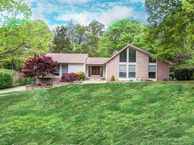 4631 Carmel Valley Road, Charlotte, NC 28226 (#3520960) :: Besecker Homes Team
