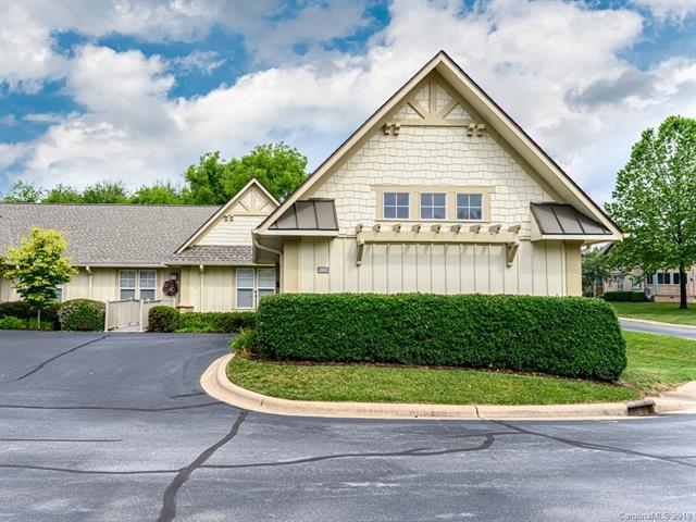 2803 Blue Goose Court, Hendersonville, NC 28792 (#3521052) :: Bluaxis Realty