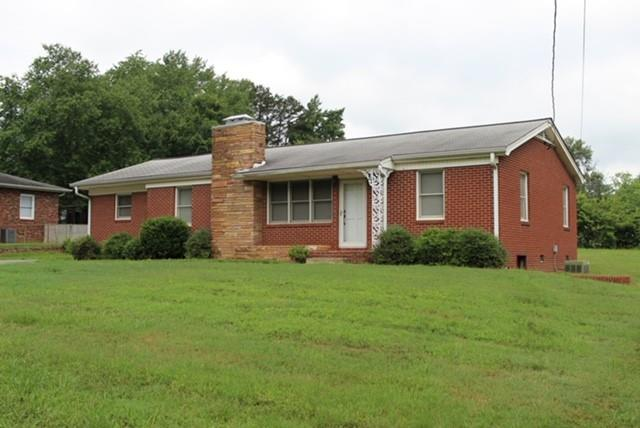 4035 N Center Street, Hickory, NC 28601 (#3521122) :: The Ramsey Group