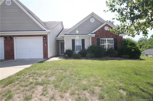 221 Woodbridge Circle - Photo 1
