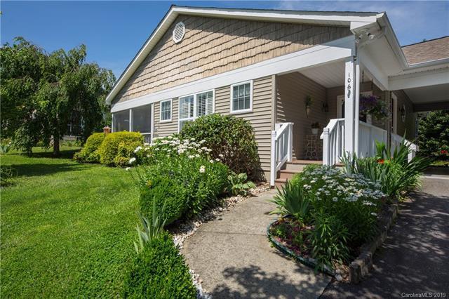 106 Cottage Loop, Waynesville, NC 28785 (#3521394) :: MECA Realty, LLC