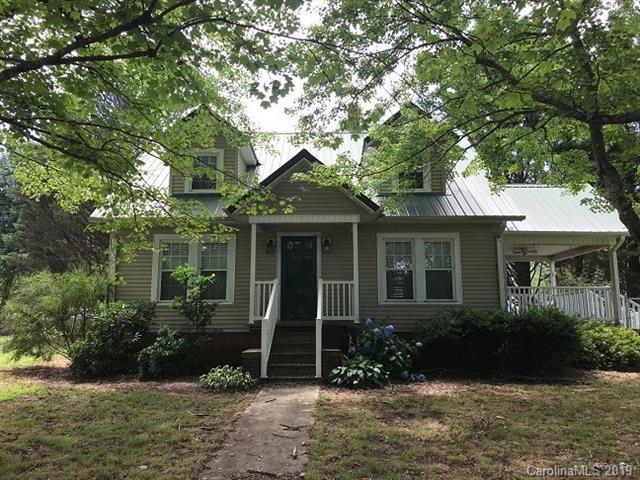 6 Walnut Lane, Taylorsville, NC 28681 (#3521420) :: Besecker Homes Team
