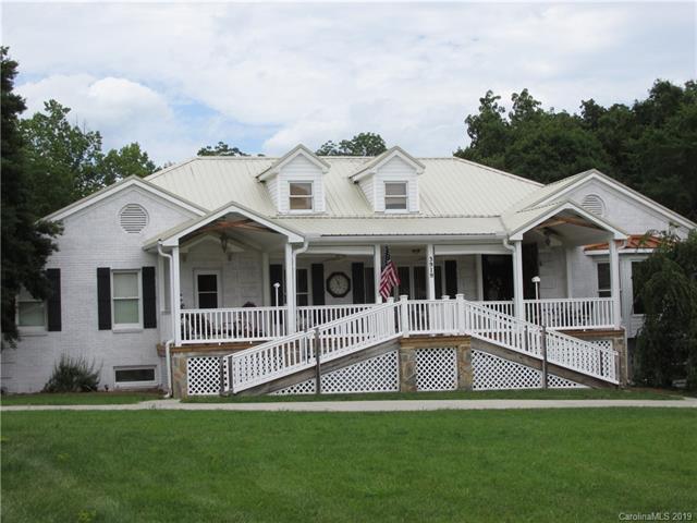 3919 Amarillo Drive SW, Concord, NC 28027 (#3521435) :: MartinGroup Properties